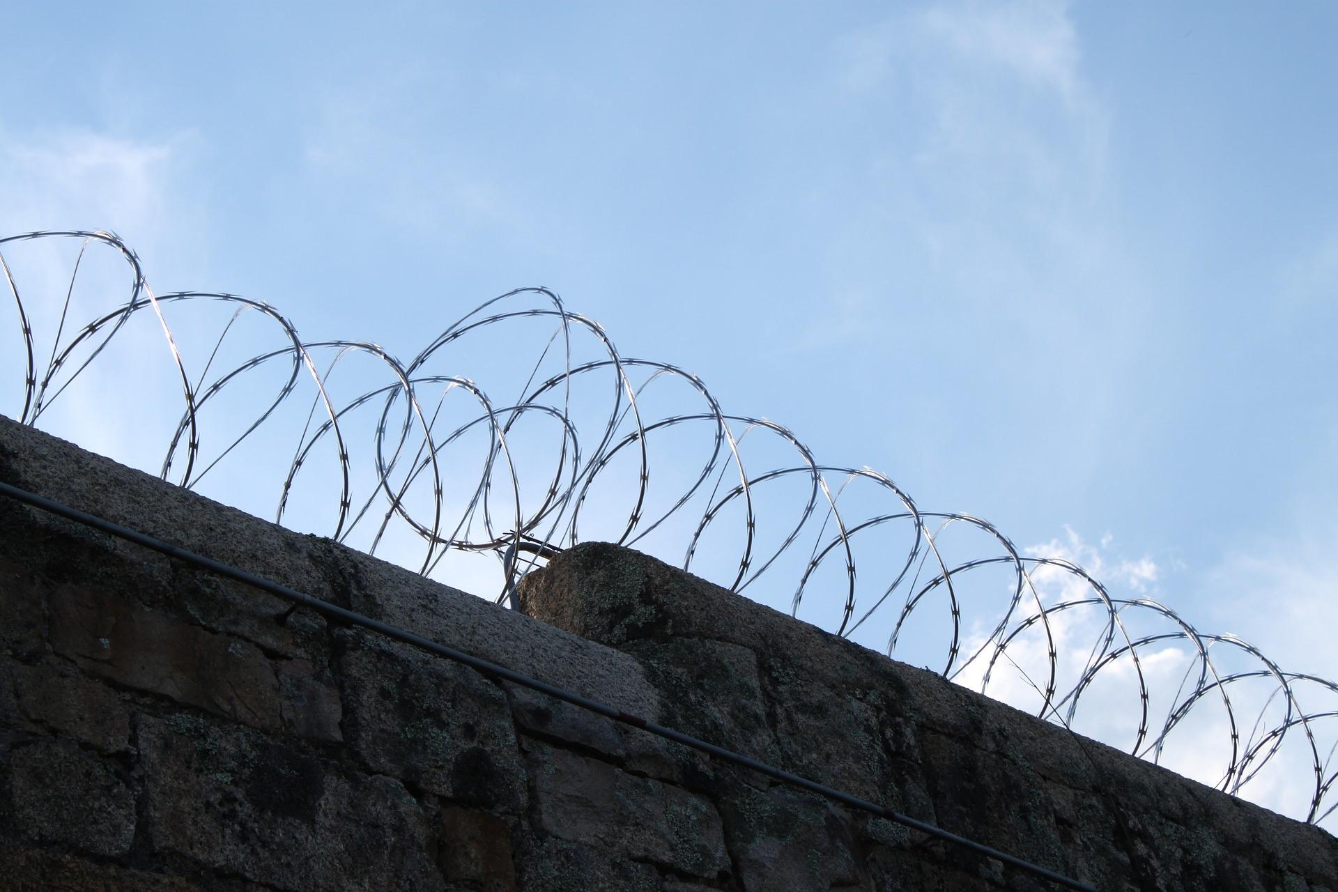 Kan de GGZ- instelling Parnassia strafrechtelijk vervolgd worden voor het nalaten van voldoende zorg over Malek F.?