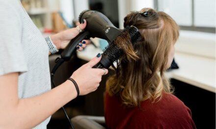 Als vrouw meer betalen voor een knipbeurt: verboden onderscheid bij de kapper?